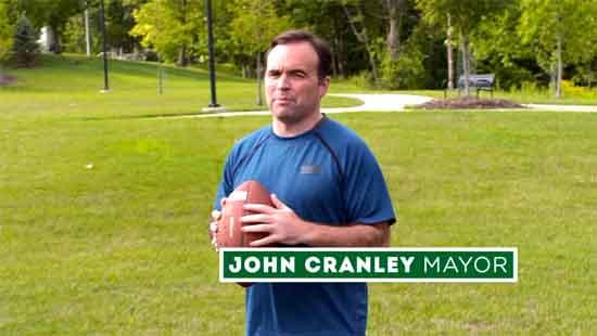 Mayor John Cranley in Issue 22 commercial.